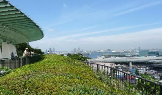 ここにも立ち寄り ひと足のばして横浜湾を一望 港の見える丘公園